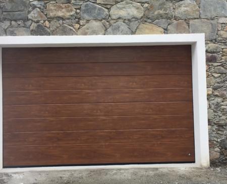 Fornitura e posa nuova porta sezionale a Ponte in Valtellina (SO): Immagine Elenchi